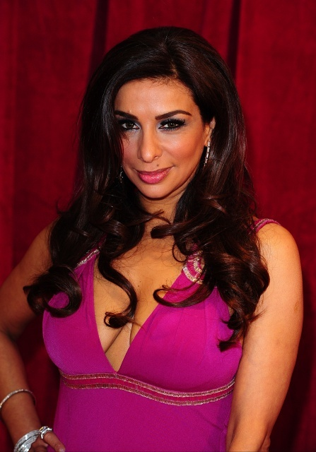 Indian origin TV star Shobna Gulati quits Twitter after racist abuse
