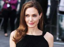 Jolie quits movie to avoid working with Pitt