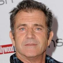 Mel Gibson spotted cosying up with 'young' gal-pal