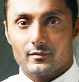 Rahul Bose wishes 'All the Best' to team 'Naam Shabana'