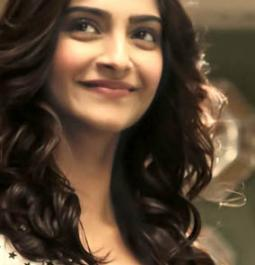 Get ultimate travel goals from Sonam Kapoor at Yash Chopra films-kind location