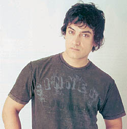 When Aamir Khan humbled up