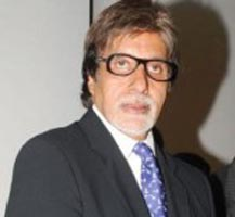 Big B turns 'chauffer' for Oprah Winfrey