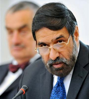 Anand Sharma reiterates need for equal rights for Lankan Tamils