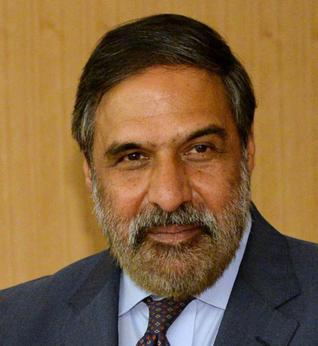 Commerce Minister Anand Sharma hopeful of rate cut