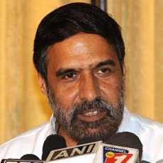 Economy will grow 7.5 percent this fiscal: Anand Sharma