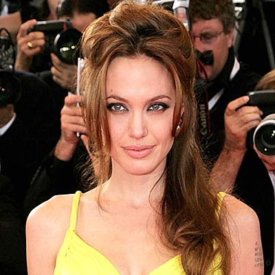 30+ Some Very Hot Photos Of Angelina Jolie | LovenStyle