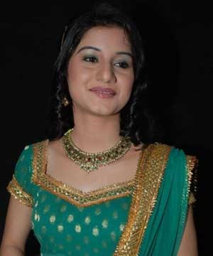 Anjali Abrol Is Rani In True Sense! | TopNewsanjali abrol