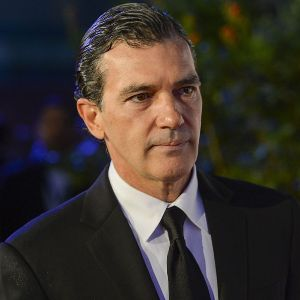 Antonio Banderas gives tips on art of seducing women
