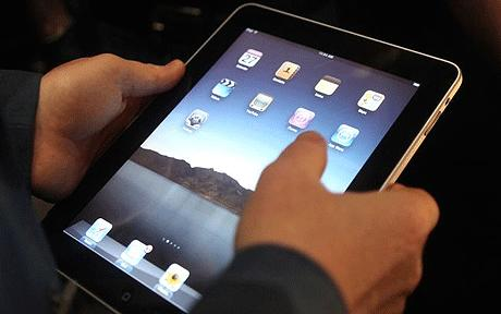 Apple launches its 3G iPad