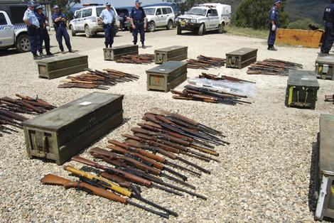 New Zealand customs agents find mystery arms cache from China