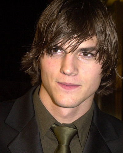 Picture of Ashton Kutcher with a Shaggy hairstyle for long hair