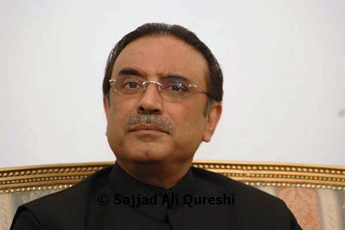 Zardari's ouster would have hampered fight against militants: US columnist