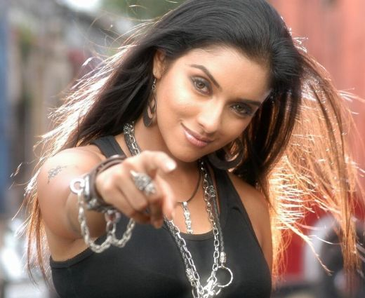 Asin Thottumkal, who made her debut with Ghajini in B-town, is quite upset ...