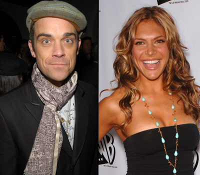 Robbie Williams takes girlfriend on late-night alien-spotting trips