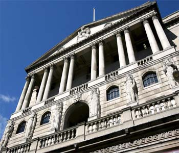 The member of Bank of England votes for raise in interest rates