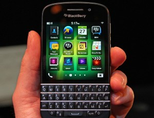 BlackBerry offering Q10 with BB 10 OS