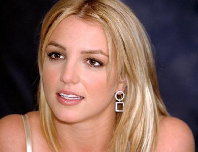Britney's ex manager ordered to stay away from her for 3 years