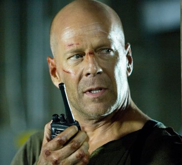 Bruce Willis desperate to make Die Hard 5