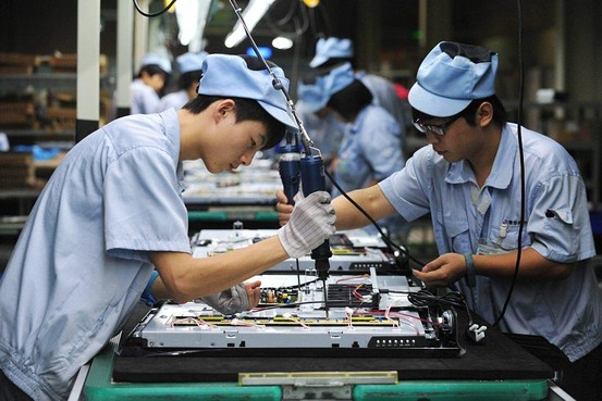 China's manufacturing activity grows at fastest pace since May 201l