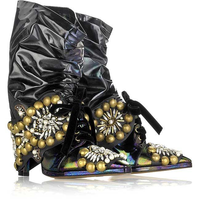 Crap.  They're by Christian Lacroix, and are an insane.  Tweet.