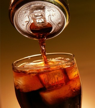 coke and pepsi from global to Pepsi to drop aspartame from diet pepsi,  executives at coke and pepsi blame the declines on perceptions that aspartame  with files from global news.