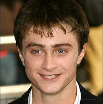 Radcliffe to strip for next 'Harry Potter' movie