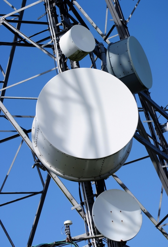 DoT wants 800 MHz band to be auctioned next year