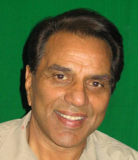 Dharmendra admitted to hospital for chest pain