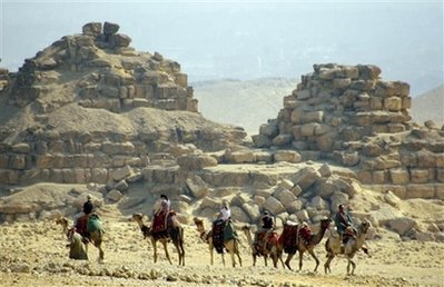 Egypt discovers new pyramid in Saqqara