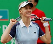 Dementieva beats the heat with warm-weather training