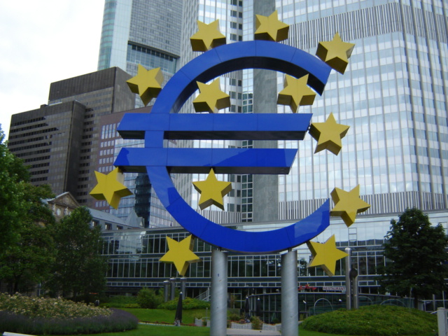 ECB under rate pressure as inflation remains low, jobless rises
