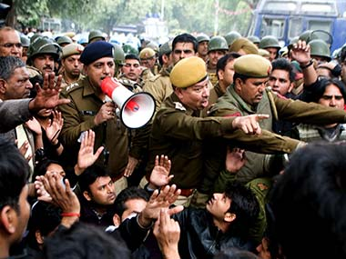 FIR against ZEE news for disclosing Delhi gang-rape key witness' identity