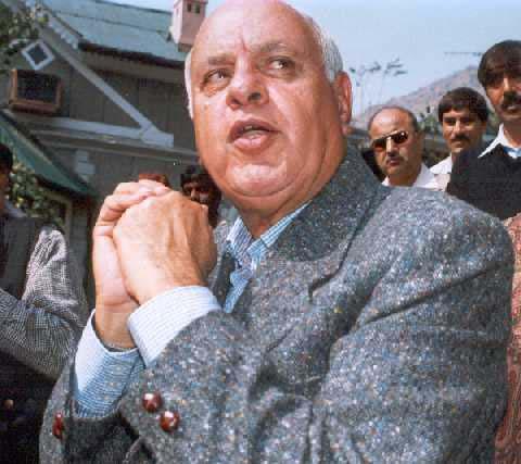 Farooq asks Chidambaram to review Jammu and Kashmir pre-paid ban