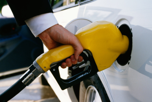 Gas prices record biggest one-day jump in 18 months; rise to continue into Labor Day weekend