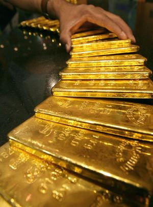 Rupee acting as a parachute for Indian gold prices