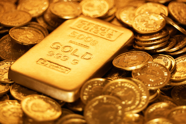 Gold prices fall 5.1% in February