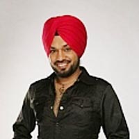 Punjabi industry lacks cinema knowledge, says comedian Ghuggi