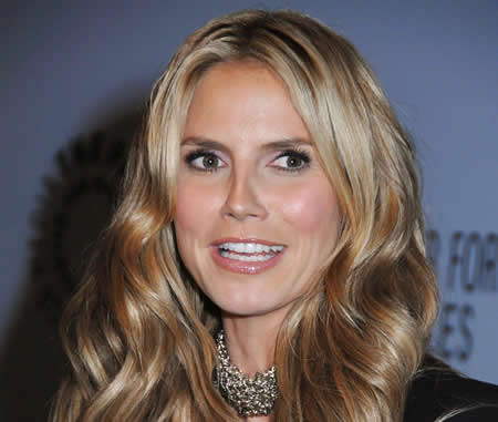 Heidi Klum may host Victoria''s Secret fashion show