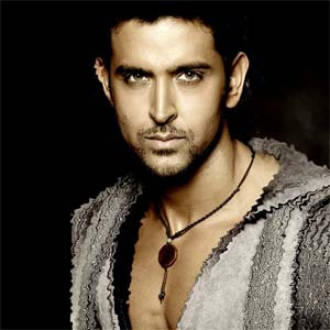 Hrithik Misbehaves With Media On Shirdi Visit