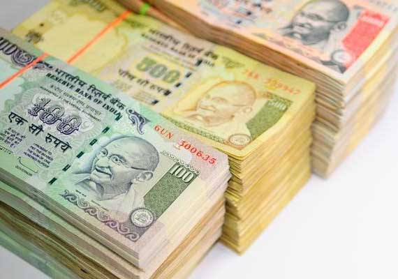 Indian rupee weakens to above 62 per US dollar