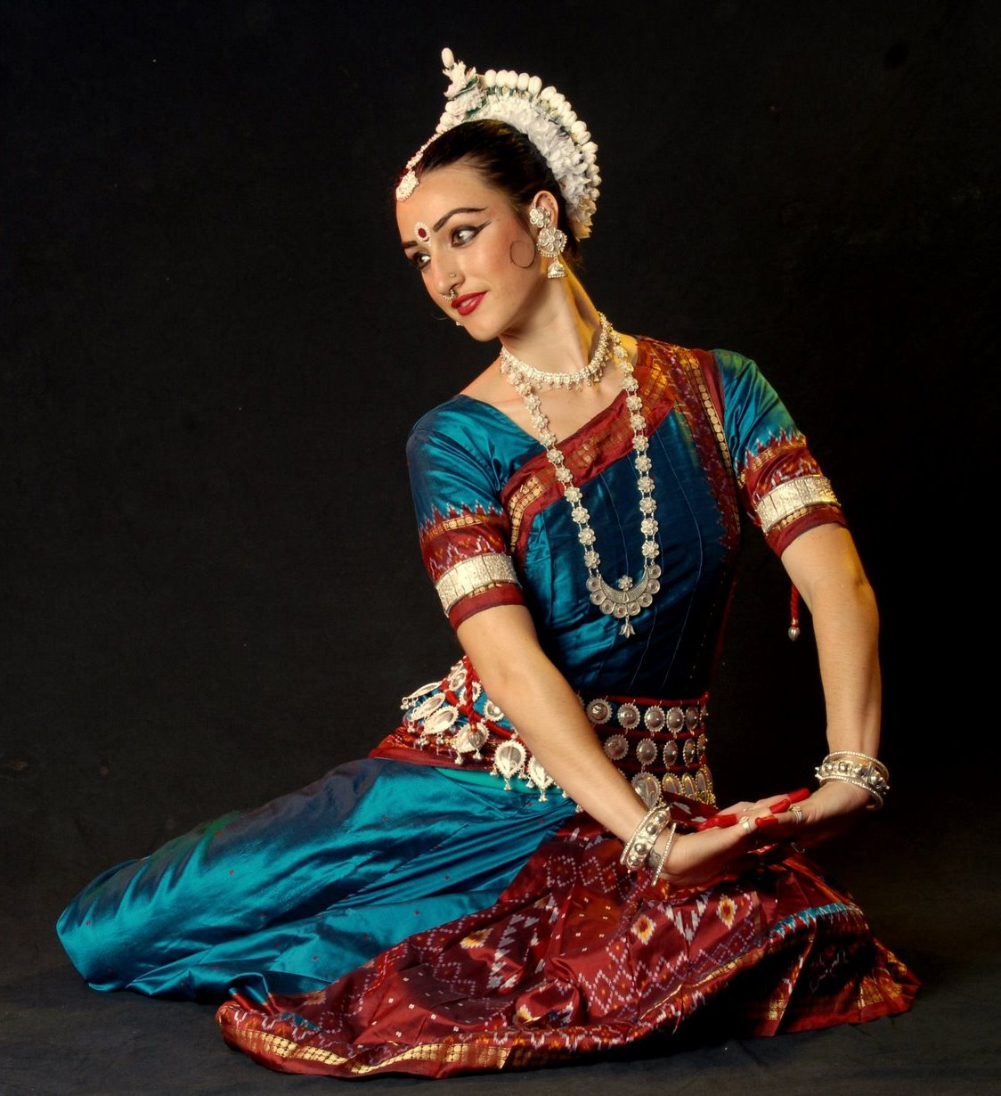 http://www.topnews.in/files/Indian-classical-dance.jpg