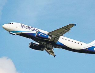 IndiGo to hire 1,500 in India