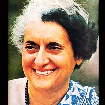President, PM pay tributes to Indira Gandhi