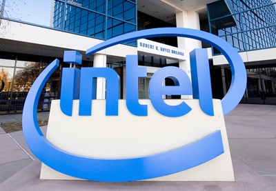 Intel foresees PC market stabilizing as it misses earnings target