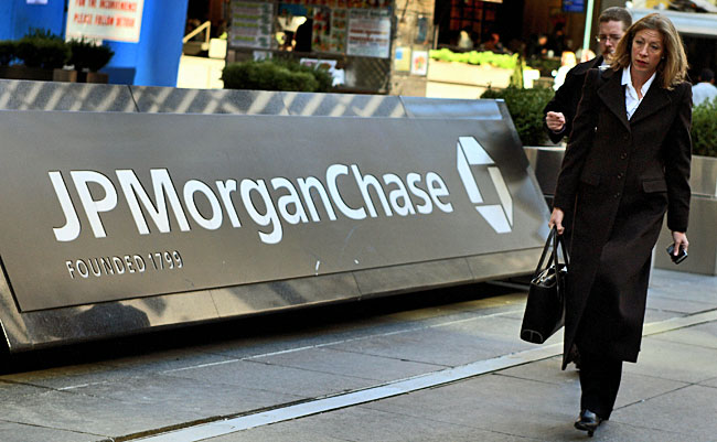 J.P. Morgan Chase to get out of student-loan business