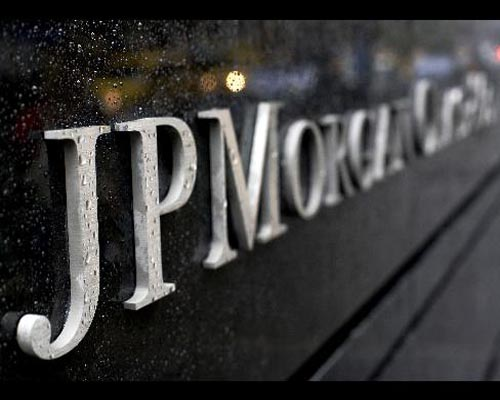 UK appoints JP Morgan for banking stake sale