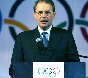 Rogge: Olympics must allow police assistance over doping