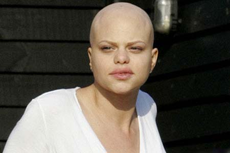 Jade Goody''s mum 'dumped by toyboy via text'