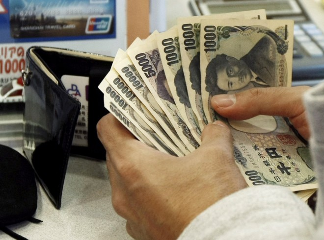 Japanese Yen falls ahead of BOJ meeting